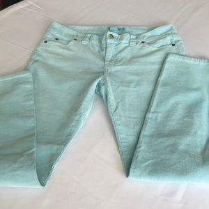 Vineyard Vines women's corduroy jeans size 6